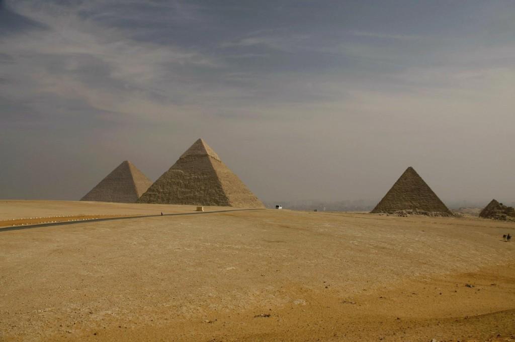 De drie grote piramides op een rijtje